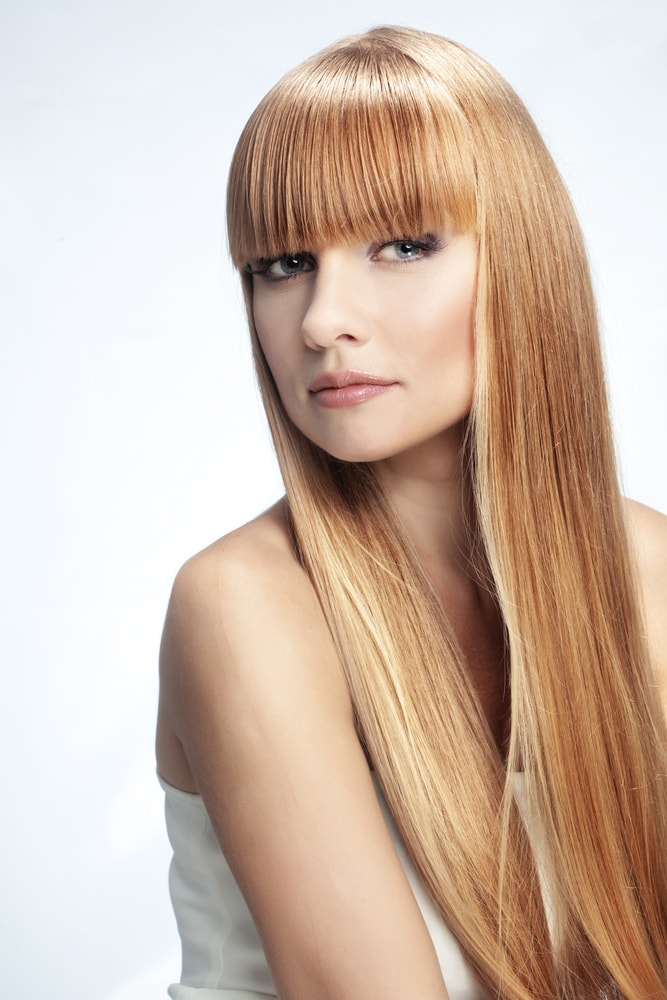 långa frisyrer med lugg